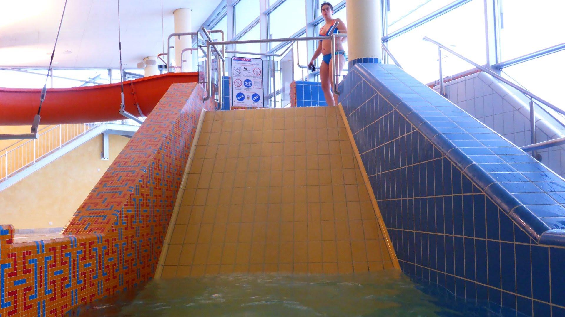 Fliesenrutsche :: Wide Slide | Therme Obernsees Mistelgau