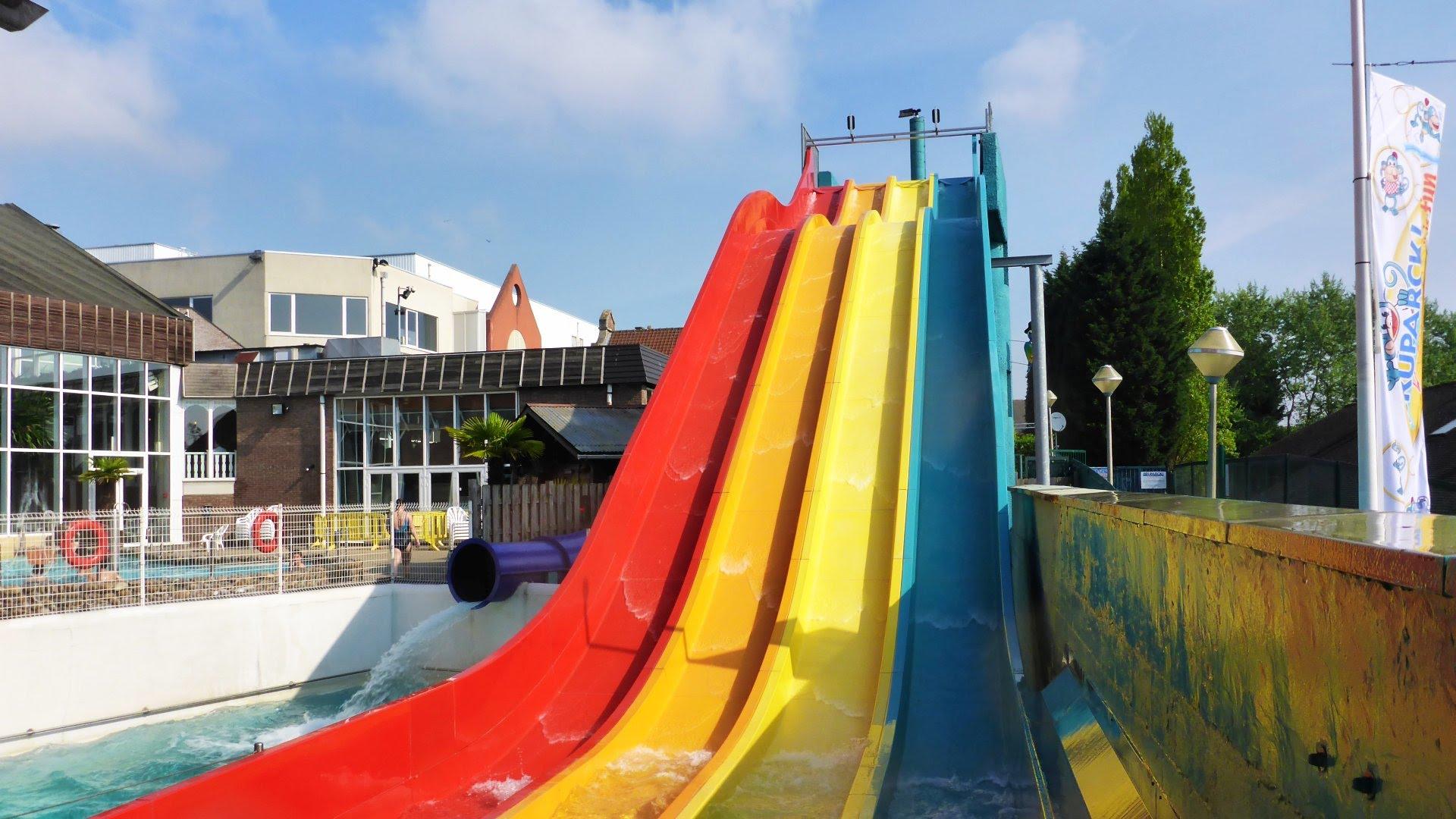Oceade Brüssel - Salto Angels Multi-Slide Breitrutsche Onride
