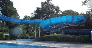 offene Freibadrutsche :: Summer Slide   Aggua Troisdorf