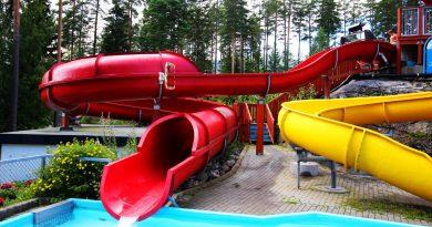 rote Kinderrutsche | Bø Sommarland Norwegen