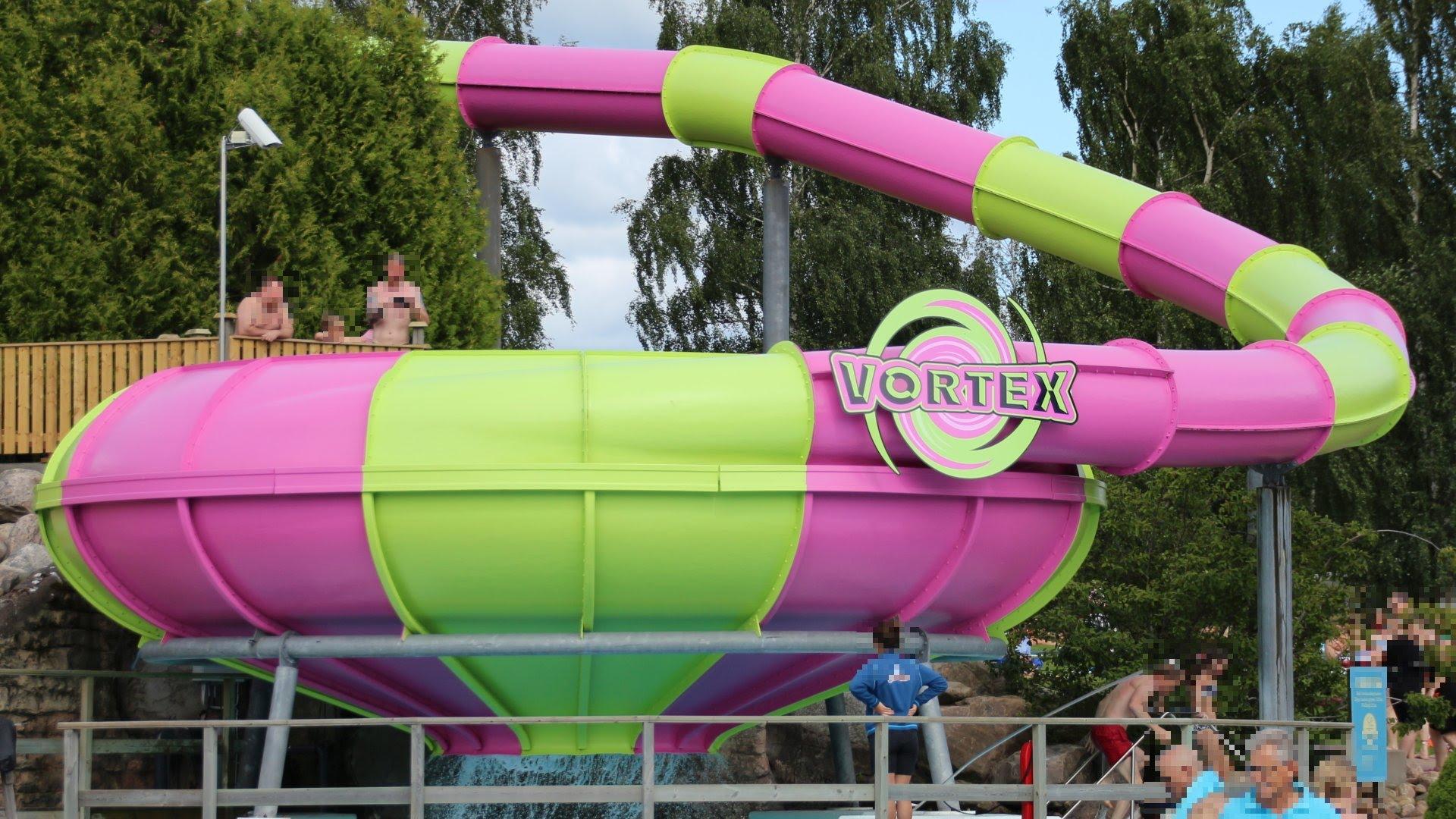 Vortex Trichterrutsche :: Funnel Slide | Skara Sommarland
