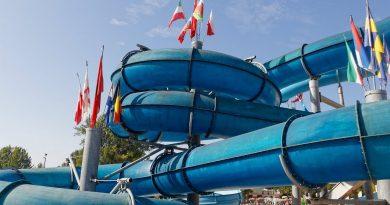 Black Hole :: blaue Reifenrutsche | Le Vele Acquapark San Gervasio Bresciano