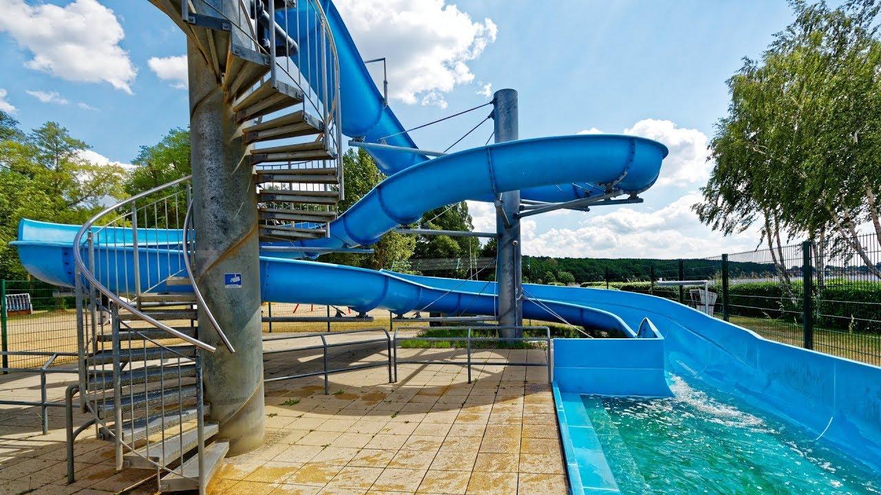 offene Riesenrutsche :: Wasserrutsche am See | Waldbad Templin Potsdam