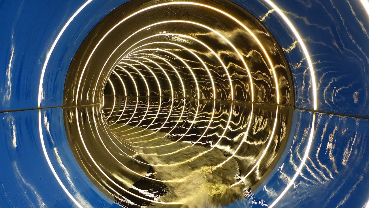 Röhrenrutsche mit Infinity Jump :: Black Hole | Hotel Schneeberg Ridnaun