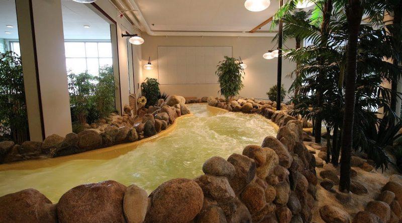 Wildwasserrutsche :: Wildbach | Medley Växjö simhall och Aqua Mera Växjö
