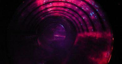 Maya Mare Halle - Black Hole Onride
