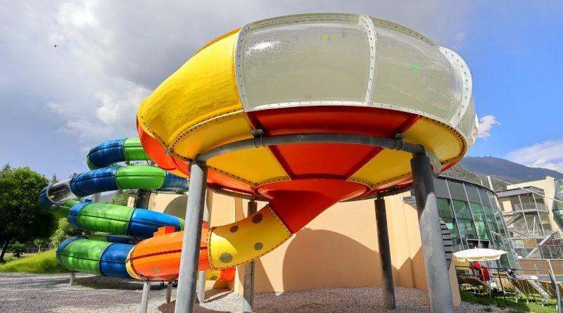 Bowl Slide :: Trichterrutsche mit Glaswand | Aqua Dome Therme Längenfeld