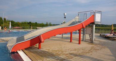 Breitrutsche im Freibad | Elypso Deggendorf