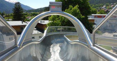 offene Riesenrutsche :: Freibad-Rutsche | Sportzentrum Imst