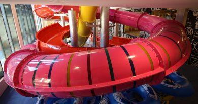 pinke Röhrenrutsche :: Kinder-Riesenrutsche | Kinderhotel Kröller Gerlos
