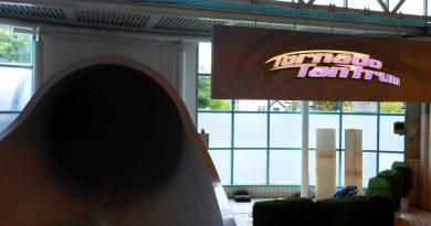 Tornado Tantrum :: Reifenrutsche   The Time Capsule Coatbridge