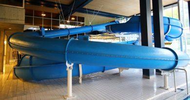 Turborutsche :: blaue Speed-Rutsche | Schwimmbad Fohrbach Zollikon