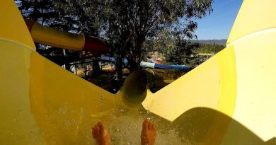 Anaconda :: gelbe Riesenrutsche | Aqualand Fréjus