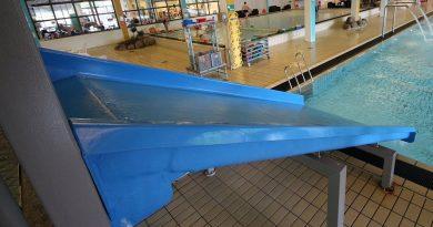 blaue Breitrutsche :: Beckenrutsche | Arrild Svømmehal Toftlund