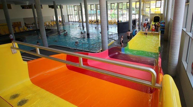 Breitrutsche :: Regenbogen-Rutsche | Freizeitbad blu Potsdam
