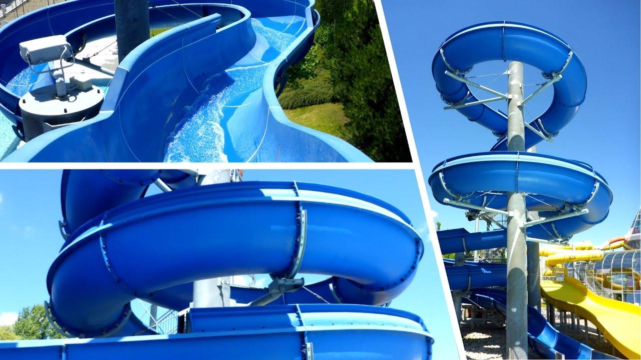 offene Freibadrutsche :: blaue Riesenrutsche | Aquapark Olomouc