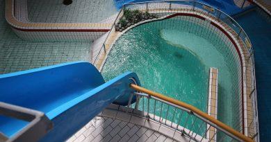 Pelikaan Duik :: Freefall-Rutsche | Tikibad Duinrell Wassenaar