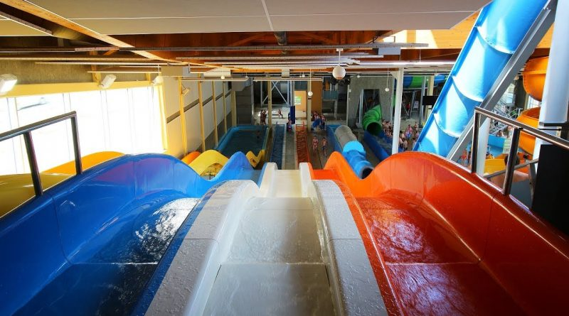 Race Race :: dreibahnige Mattenrutsche | Aqualand Moravia Pasohlávky