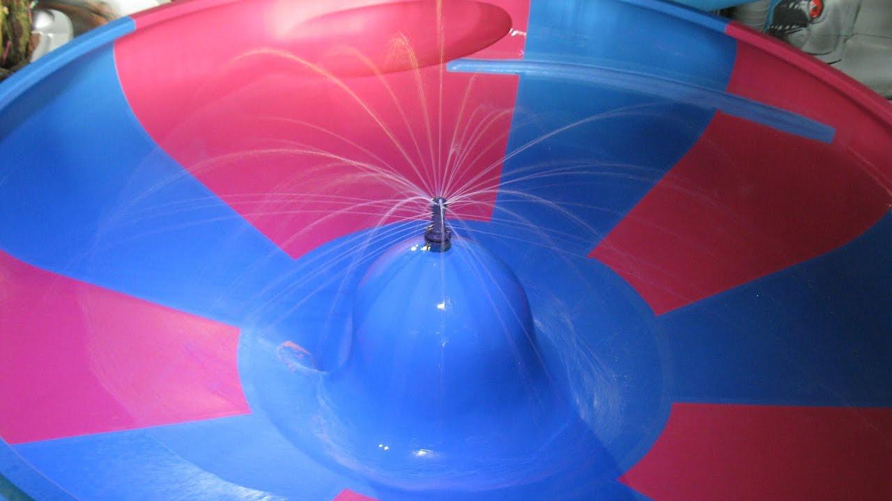 Space Bowl :: Trichterrutsche | Thermenwelt Erding / Galaxy Erding