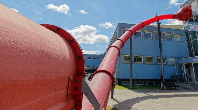 rote Turborutsche :: Speedrutsche | Vodní svět Sareza Ostrava